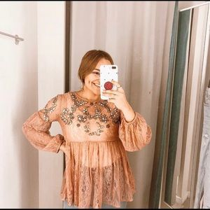 Pink embroidery top | Forever21